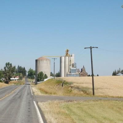Approach to Nezperce, Idaho